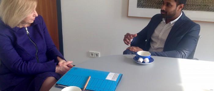 Jenovan Krishnan RCDS mit Johanna Wanka CDU